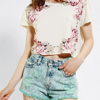 Truly Madly Deeply Frame Of Roses Cropped Tee