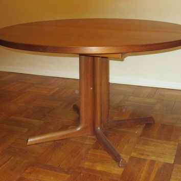 Midcentury Danish modern teak dining table, chairs