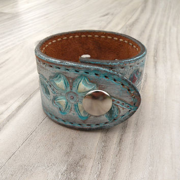 Painted Leather Cuff, Flower Bracelet, Turquoise and White Tooled Leather, Wrist Band