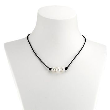 High Quality Freshwater Cultured 3 Pearl Choker Necklace on Black Leather Cord