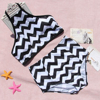 Wave stripe split waist Sexy Halter Swimsuit