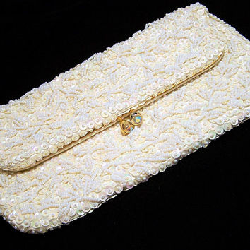 White Bead Sequin Bridal Clutch Purse, Aurora Borealis Rhinestone Clasp, Gold Tone Frame, Mid Century Vintage Wedding Accessory 917