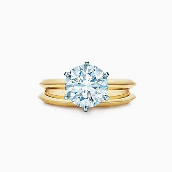 A Perfect 14K Yellow Gold 5CT Round Cut Solitaire Russian Lab Diamond Bridal Set