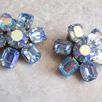Weiss Blue Earrings AB Rhinestone Emerald Cut Prong Set Silver Tone Clip On Vintage 123114GA