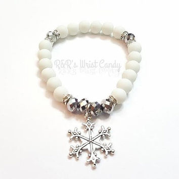Snowflake Beaded Bracelet, Holiday Bracelet, Christmas Bracelet, Snowflake Charm, White Bracelet, Stretchy, Custom, Handmade Beaded Jewelry