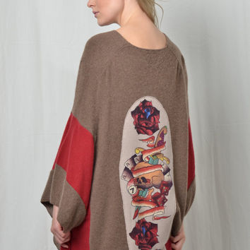 Cashmere Poncho - Skull and Roses