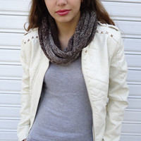 Brown scarf, Scarf in soft wheat, Hand knitt warmer, scarf necklace, Brown cowl. Gift for her. Cristmas gift.