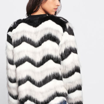 Chevron Striped Faux Fur Coat -SheIn(Sheinside)
