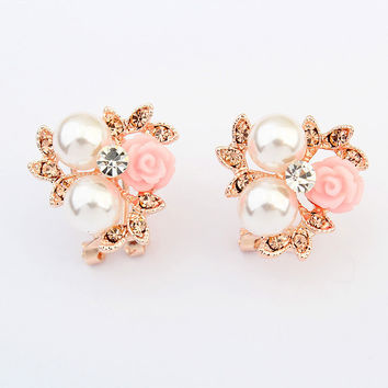 Pearls Floral Earrings [4919077572]