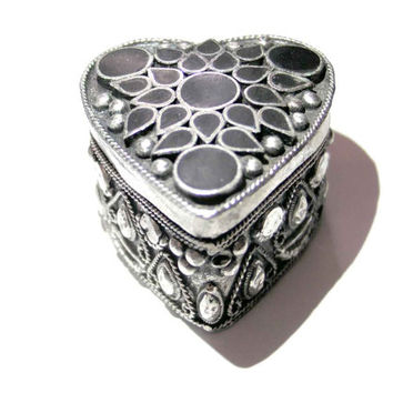 heart Jewelry box,vintage jewelry box,small box