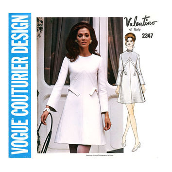 Vogue Couturier Design 2347 1970s Dress Pattern Bust 38 Valentino Elegant Mod A Line Day Evening Sew In Label Womens Vintage Sewing Patterns