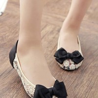 Apricot Round Toe Lace Sweet Bow Flat Shoes