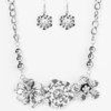 """Zi Collection """"Abloom"""" Chunky Silver and Stone Necklace and Earring Set-  Paparazzi Accessories"""