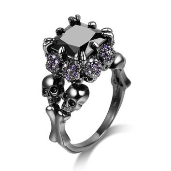 Jiayiqi Cool Black Stone Ring for Women Skull Purple CZ Ring Punk Rock Vintage Dragon Claw Crystal Finger Ring for Wedding