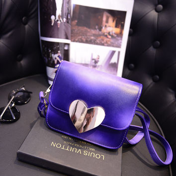 Women Classical Chic Bag On Sale = 4457568772