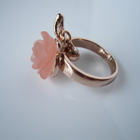 Vintage, Plated 14k Rose Gold ,Frosted resin Rose Flower Cocktail Ring,pink rose flower ring, Water droplets Diamond Ring-best gift to you