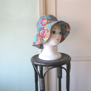 Slouchy Vintage '60s Psychedelic Swirl Fishing Style Hat - Big Brim Multicolored Hippie/Festival/Funky Hat