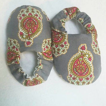 Gray and Hot Pink Paisley Booties/ Crib Shoes Playing Shoes/ Loafers or Combo Headband for baby/ baby shower gift/ baby photos toddler gift
