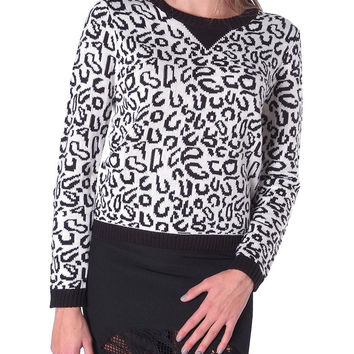 Unleashed Sweater Top - Black/White