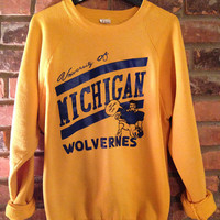 Vintage 1980s University of Michigan Wolverines Sweatshirt .  Gold Sweatshirt With Navy Screenprint.  Size XL, Fits Like a Large.