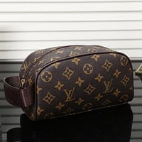 LV Louis Vuitton Women Fashion Shopping Cosmetic Bag Leather Handbag Satchel Cosmetic Bag