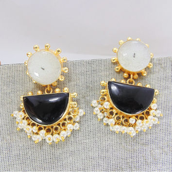 Solar Quartz Earrings - Handmade Earrings - 18K Gold Vermeil Earrings - Black Onyx Earrings - Pearl Bridal Earrings - Chandelier Earrings
