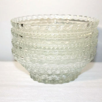 Set of 4 Pressed Glass Berry Bowls, Vintage Serving Dessert Dishes,