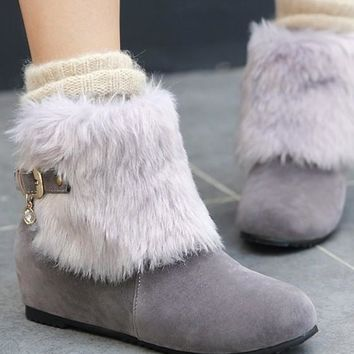 New Women Grey Round Toe Flat Fur Slip-On Casual Boots