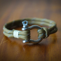 Handmade Nautical Paracord Mens/Womens Bracelet (Brown Reflective)
