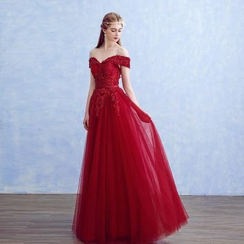 Boat Neck Slim Prom Dresses Floor Length Embroidery Pearls Lace Tulle Luxury Evening Gowns