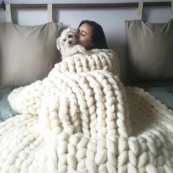 Chunky Knit Throw Blankets