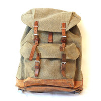 SWISS ARMY BACKPACK from 1971, Military Leather and Canvas Bag, 'Salt & Pepper', Large Rugged Men's Rucksack, Fishing, Hiking, Switzerland