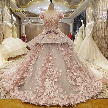 Loverxu Robe De Mariee Short Sleeve Flowers Lace Wedding Dresses 2017 Sexy Appliques Beaded Tiered A Line Bridal Gown Plus Size