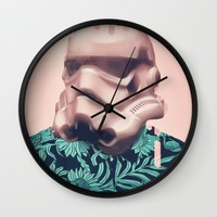 pinky storm Wall Clock by Startistunknown