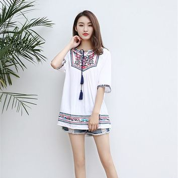 Cheshanf Summer Vintage Boho Ethnic Mexican Floral Embroidery Women Blouse Hippie Loose Tunic Tops Blusa Feminina