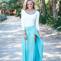 Spicy in a Skirt Turquoise