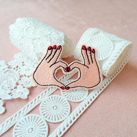 love gesture patch/iron on patch/embroidered  patch/girl patch