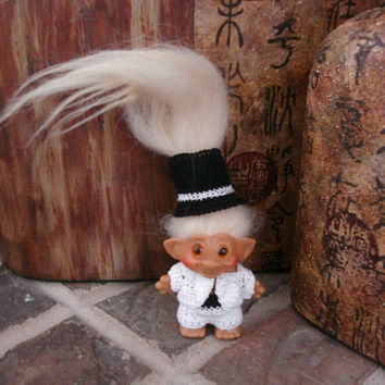 "Handmade Crochet Troll Outfit Tuxedo & Top Hat Clothes fit 2.5"" vintage trolls"
