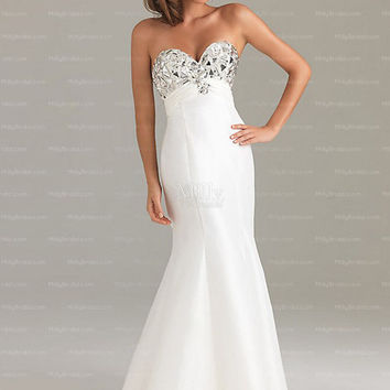 Trumpet/Mermaid Sweetheart White Rhinestone Satin Floor-length Prom Dress at Millybridal.com