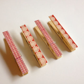 Pink and White Clothespin Magnets, Set of Four