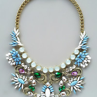 Éclat Statement Necklace