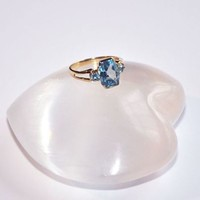 Solid 14K Gold Blue Topaz Ring Size 7 Stamped 14k