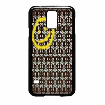 Smiley Sherlock Holmes In Wallpaper Wall Samsung Galaxy S5 Case