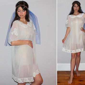 Vintage 60s BABYDOLL PEIGNOIR Lingerie / White Chiffon + Lace Nightie / Sheer Negligee / Mod Nightgown / Bridal, Wedding Night / Puff Sleeve