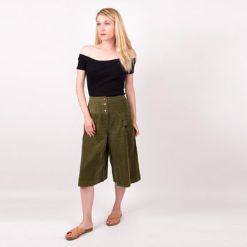 70's green corduroy culottes / high waist olive green wide leg shorts / Vintage 1970s bermuda shorts  small high waisted minimalist