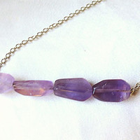 Unique raw crystal Amethyst ombre bar necklace. Modern & earthy purple statement jewelry. February birthstone. Long adjustable length