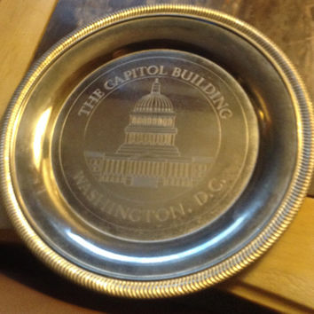 The Capital Building, Washington D.C. engraved silverplate souvenir plate. Vintage patina