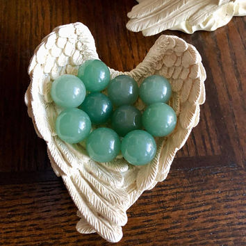 Green Aventurine Sphere / Ball 16MM (One) FREE Bag and Message Card. Throat Chakra, Stone of Abundance /Luck. FREE Ship With Another Item.