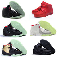 Brand men air trainers yeezys shoes red october kanye west men's sneakers for sale man black hip hop glow in the dark shoes