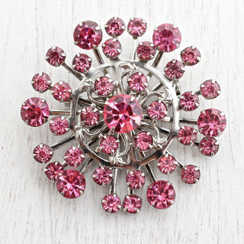 Vintage Pink Rhinestone Brooch - 1950s Silver Tone Circular Costume Jewelry Pin / Starburst